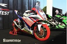 Modifikasi Cbr150r by Gila Bola Modifikasi Honda Cbr150r Berbendera Kroasia