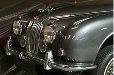 jaguar restoration uk jaguar restoration services uk classic car