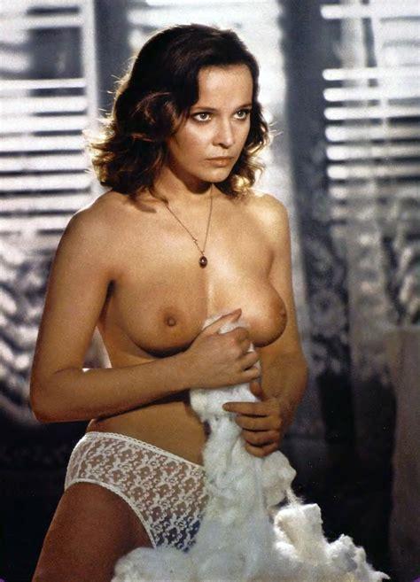 Italian Actress Nude