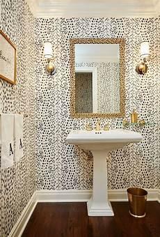tapete badezimmer billige tapete f 252 r die w 228 nde toiletten tapete