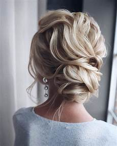 Updo Homecoming Hairstyles 10 updos for medium length hair prom homecoming