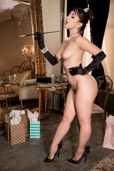 Jenna Sativa Nude
