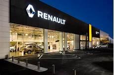 Renault Retail Concessionnaire Automobile 1 Route
