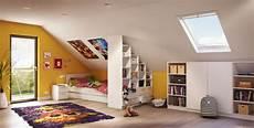 Zimmer Mit Dachschräge Farblich Gestalten - 4 tipps dachschr 228 ge einrichten sch 246 n gestalten und