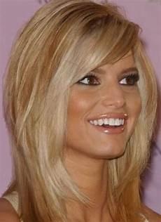 20 gorgeous medium length hairstyles for
