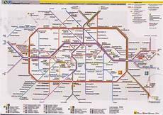 Petites Fen 234 Tres Sur Le Monde Berlin U Bahn