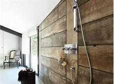 deco mur en bois planche carrelage effet planches de bois dans cette 224 l