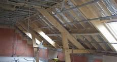 renovation charpente prix a chaque type de charpente sont type de combles