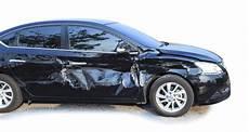 totalschaden am auto professionelle hilfe unfallhelden
