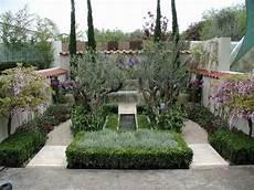 Recreating A Mediterranean Garden Setting