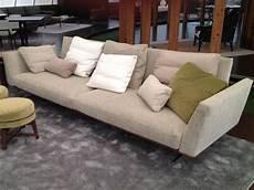 prezzi divani flexform divano flexform evergreen a como sconto 50