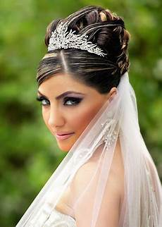 wedding hairstyles with veils and tiaras knot for life