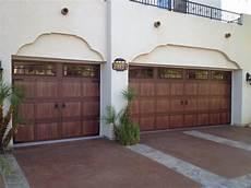 Garage Doors Lancaster by Wood Like Garage Doors Made From Steel To Look Like Real