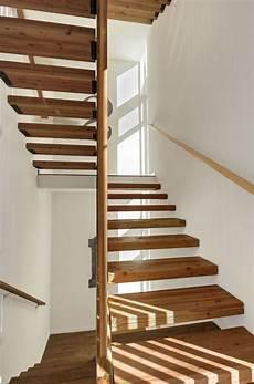 escalier bois design escalier design moderne 79 id 233 es en bois b 233 ton m 233 tal verre