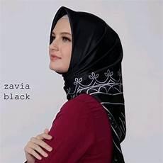 Jilbab Zoya Segi Empat Terbaru Voal Motif