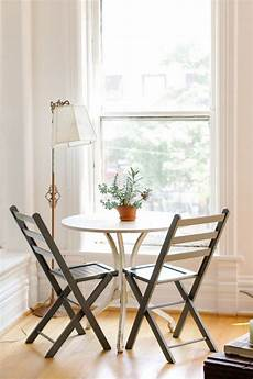 Apartment Table Ideas by 4 Easy Decorating Ideas To Make Your Apartment Look Bigger