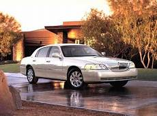 kelley blue book classic cars 2002 lincoln town car seat position control 2005 lincoln town car pricing reviews ratings kelley blue book