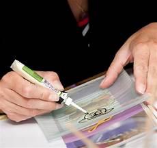Eingetrocknete Farbe Aus Kleidung Entfernen - window color entfernen tipps f 252 r die entfernung aus
