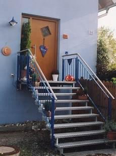 Treppengeländer Außen Verzinkt - metalltreppen zweiholmtreppe als au 223 entreppe in stahl