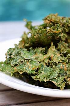 8 kale chip recipes and how to make the best kale chips