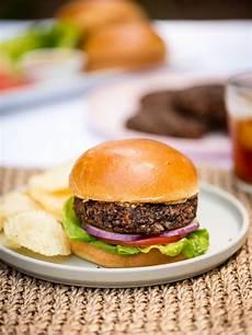 Veggie Burger Rezept - the best veggie burger recipe kitchn