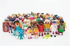 Playmobil Figuren Malvorlagen Rekord Mehr Als 3 Milliarden Playmobil Figuren