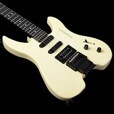 steinberger headless guitar 1993 steinberger headless guitar in white with tremolo