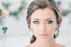 Dezentes Make Up - tips for wedding makeup for blue everafterguide