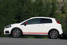 abarth grande punto hatchback review 2008 2010 parkers
