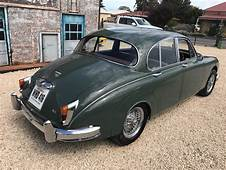 1961 Jaguar Mk2 34 – Manual Collectable Classic Cars