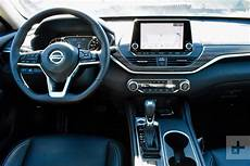 2019 nissan altima interior 2019 nissan altima drive review digital trends