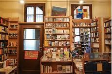 libreria popolare via tadino generaliste specializzate storiche neonate viaggio tra