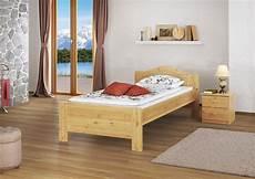 bett einzelbett bett seniorenbett einzelbett kiefer massiv 90x200 rollrost