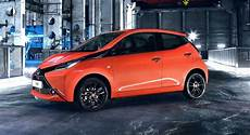 2014 toyota aygo hip city hatch unveiled photos