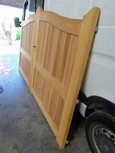 fabrication portail bois fabriquer portail en bois par un artisan proche le