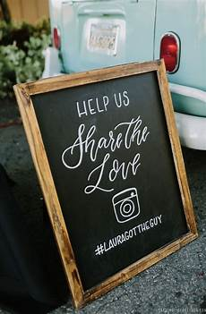 wedding hashtag sign chalkboard signs wedding photobooth sign wedding instagram sign en 2020