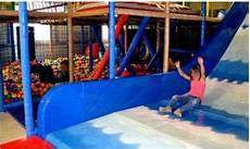 parc de jeux couvert 94 un parc de jeux couvert pour enfants de 0 224 13 ans 224 vendre dans le loir et cher