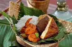15 Makanan Khas Cirebon Lezat Yang Wajib Dicicipi