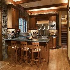 ideen für kleine küchen am besten kleine rustikale k 252 che design mit ziegel wand und holz schrank ideen f 252 r k 252 chen design