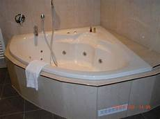quot eckbadewanne mit whirlpool in der junior suite quot hotel