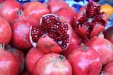 Wie Isst Einen Granatapfel Praktische Tipps 59plus