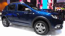 Dacia Sandero Stepway Tce 90 Easy R Exterior And