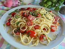 rezepte mit pesto spaghetti pesto salat beaglekit chefkoch de