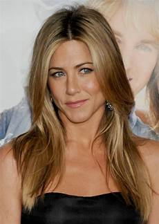 aniston with quot brond hair quot what is aniston s natural hair color popsugar