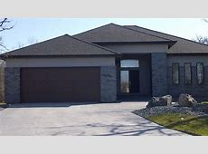 Grey brick feature   Modern   Exterior   other metro   by