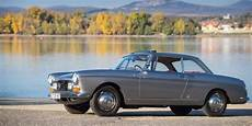 peugeot 404 coupe the peugeot 404 coup 233 is a touring car with a hint