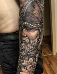 Mann Oberarm - 1001 coole und realistische viking tattoos zum inspirieren