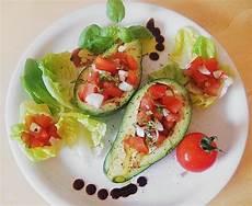 Rezept Mit Avocado - gef 252 llte avocado mit oliven 246 l rezept gef 252 llte avocado