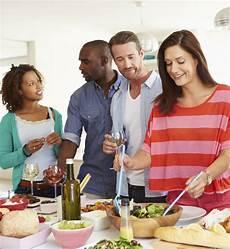 Comment Organiser Un Repas Entre Amis Sans Tensions