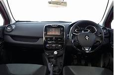 renault clio innenraum renault clio review test drives atthelights